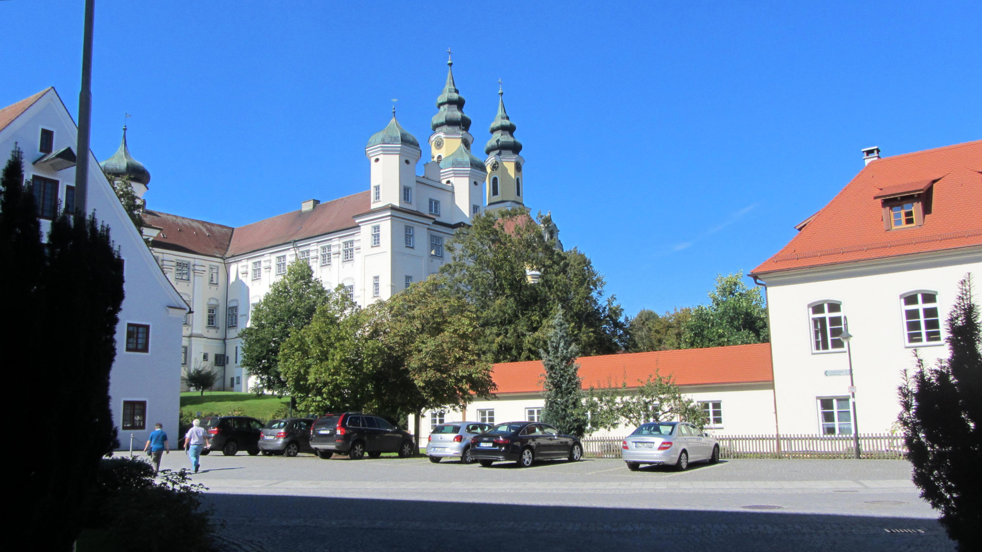 Start bei der Klosterkirche